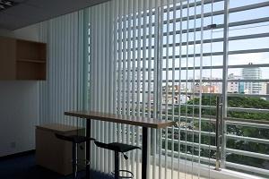 Lựa chọn rèm cho văn phòng hiện đại