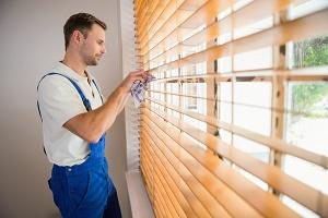 Hướng dẫn cách vệ sinh rèm cửa đẹp và sạch tại nhà